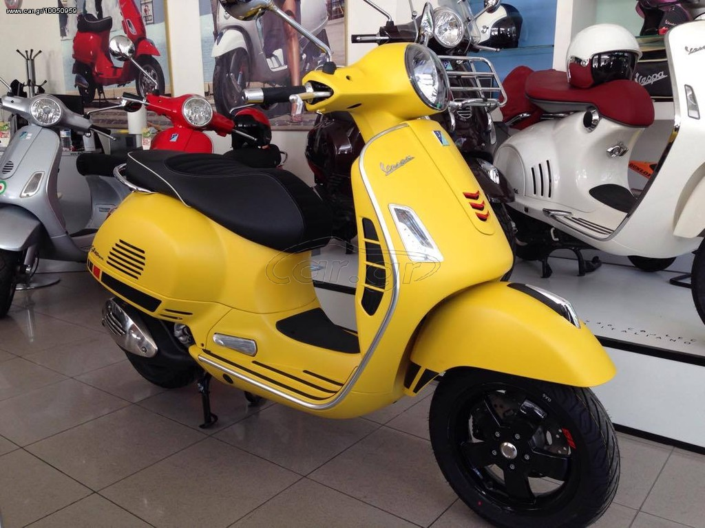 piaggio vespa gts 300 super sport 39 2018 4860 0 eur. Black Bedroom Furniture Sets. Home Design Ideas