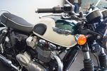 Triumph Bonneville T120 NEW COLOUR