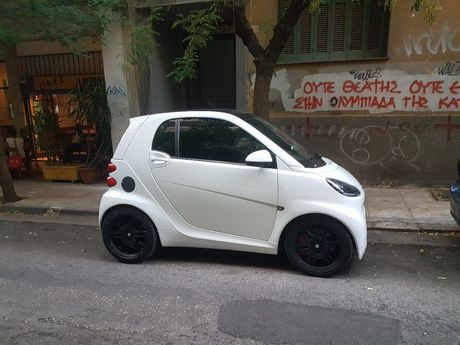 Smart ForTwo Mhd Look brabus '09 - 7.200 EUR (Συζητήσιμη)
