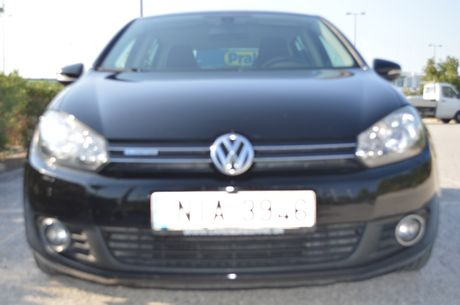 Volkswagen Golf TDI BLUEMOTION  '11 - 12.499 EUR
