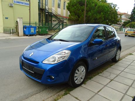 Renault Clio 1.2 TURBO 100PS TCE '12 - 5.990 EUR