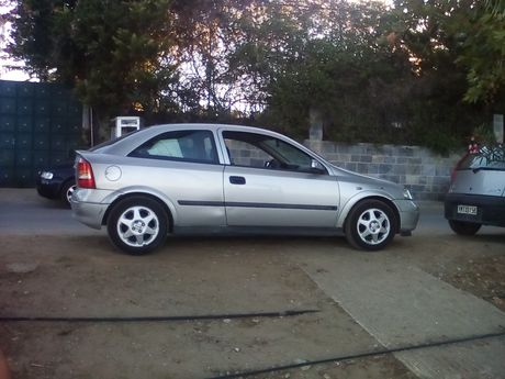 Opel Astra  '00 - 1.900 EUR