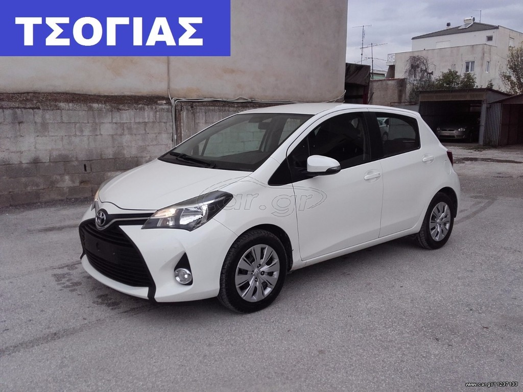 toyota yaris diesel facelift 39 2015 10990 0 eur. Black Bedroom Furniture Sets. Home Design Ideas