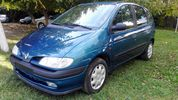 Renault Scenic RT 1.6 107PS