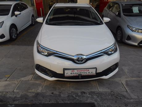 Toyota Auris LIVE NEW MODEL 1.33CC TSS '17 - 13.800 EUR (Συζητήσιμη)