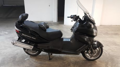 Suzuki AN 650 Burgman Executive '05 - 4.100 EUR