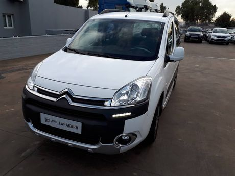 Citroen Berlingo 1.6 HDi 115HP XTR '13 - 10.900 EUR