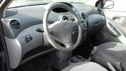 Toyota Yaris #1.0cc 68ps # '01 - 3.200 EUR