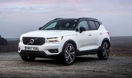 volvo xc40 momentum euro 6 39 18 eur debatable. Black Bedroom Furniture Sets. Home Design Ideas