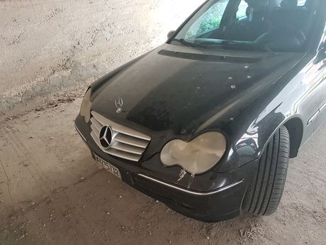 Mercedes-Benz C 200 kompressor '05 - 8.500 EUR (Συζητήσιμη)