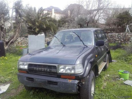 Toyota Land Cruiser TURBO '96 - 500 EUR