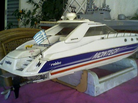 Robbe   '98 - € 250 EUR