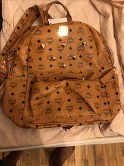 Mcm τσάντα πλάτης 502ddfdc2cf