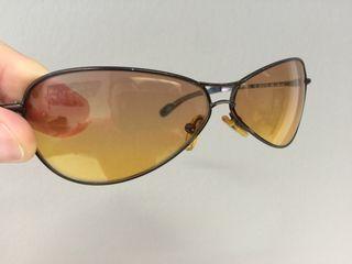 513a17a366 Γυαλιά ηλίου CALVIN KLEIN σε άριστη κατάσταση.