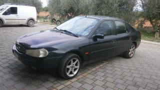 Ford Mondeo MONDEO 1600