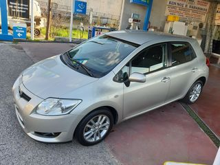 Toyota Auris D4D Luna + 2010 6speed