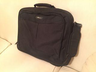 8a378a9171 τσάντα για laptop 15