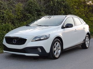 Volvo V40 Cross Country 1.6 D2 DIESEL-MOMENTUM