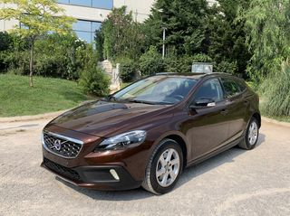 Volvo V40 Cross Country T3 LIVSTYL 152HP
