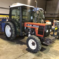 New Holland  70-86