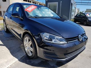 Volkswagen Golf 1.6 TDI DESIGN+BOOK SEVICE
