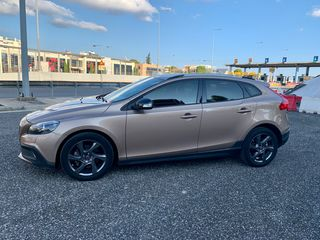 Volvo V40 Cross Country LIVSTYL D2 115HP +BOOK SERVICE