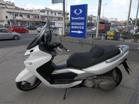 Kymco Xciting 500i  '10 - 2.500 EUR