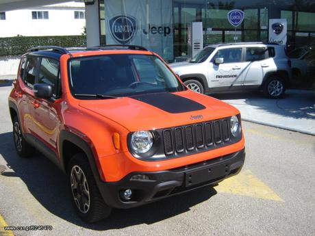 Jeep Renegade Trailhawk 2.0 170hp 4WD LOW '18 - 35.399 EUR