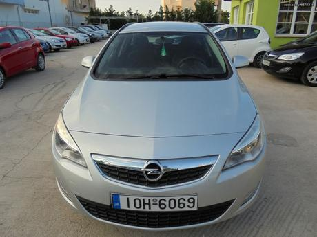 Opel Astra  '11 - 8.000 EUR