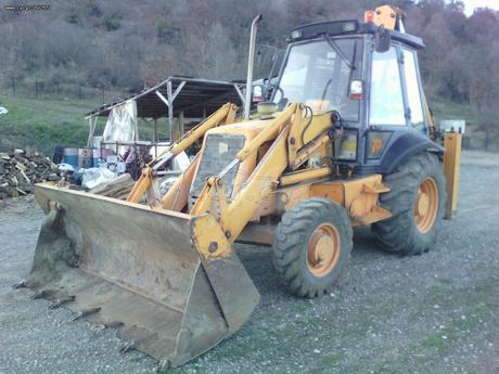 JCB  3CX POWERSHIFT 4X4 TURBO '96 - € 18.000 EUR