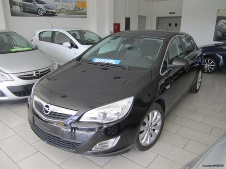 Opel Astra COSMO FULL EXTRA CLIMA '11 - 12.500 EUR
