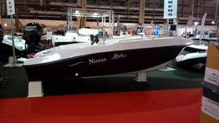 Nireus  490 fishing