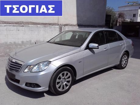 Mercedes-Benz E 200 CGI BLUE EFFICIENCY ELEGANCE '11 - 23.990 EUR