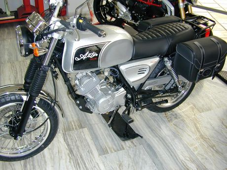 Orcal Astor 125 Euro4  FULL ACCESSORIES '18 - € 2.900 EUR