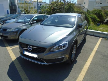 Volvo S60 Cross Country SUMMUM D4 AUTO  '16 - 34.900 EUR