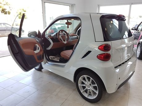 Smart ForTwo MHD ECO (START-STOP) '13 - 8.500 EUR